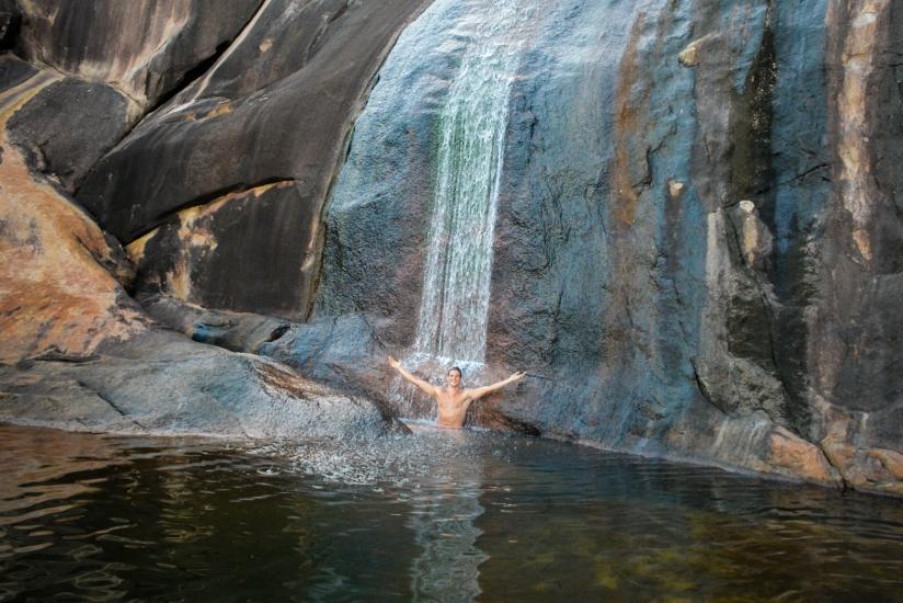 Saco Bravo: A cachoeira que deságua nomar