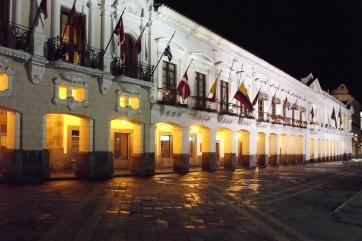 Noite de Quito - Governo