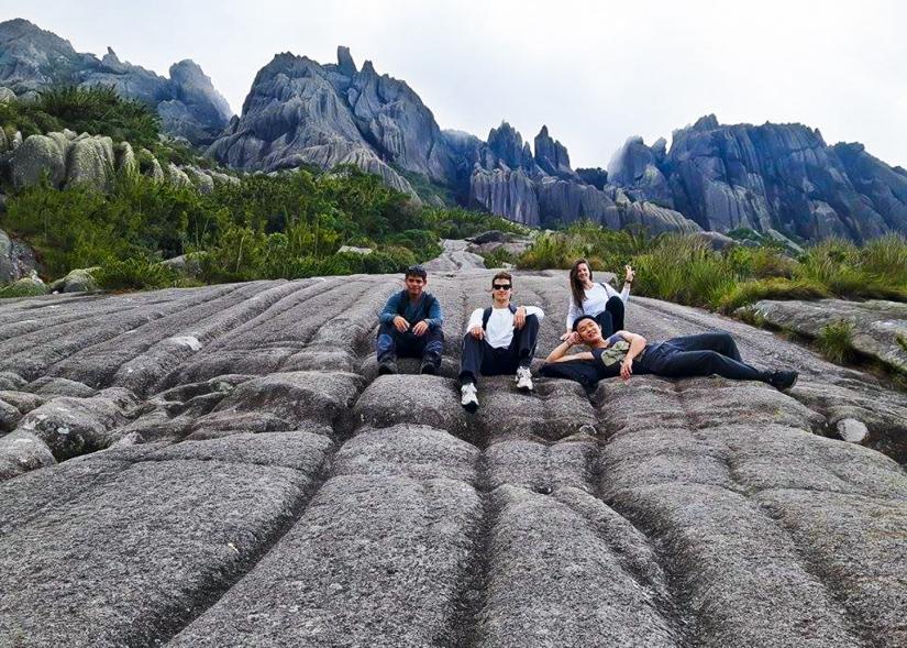 Pico das Agulhas Negras: rumo ao ponto mais alto doRJ