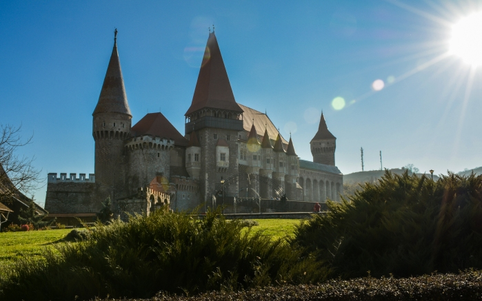 01 Corvin Castle.jpg