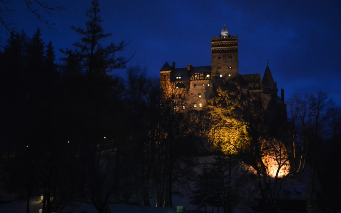 04 Bran Castle.jpg