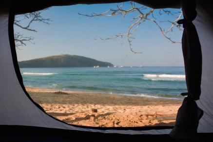 Acampadado na praia - Camping Caiçara