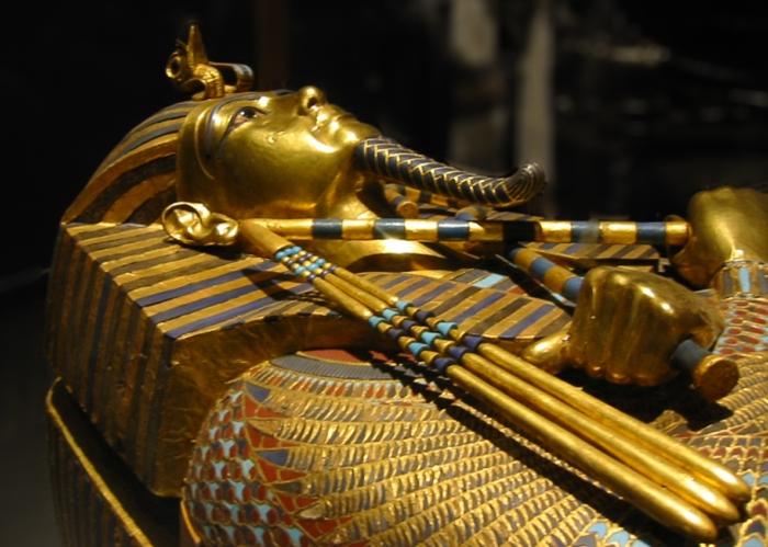 Sarcófago Tutancâmon.jpg