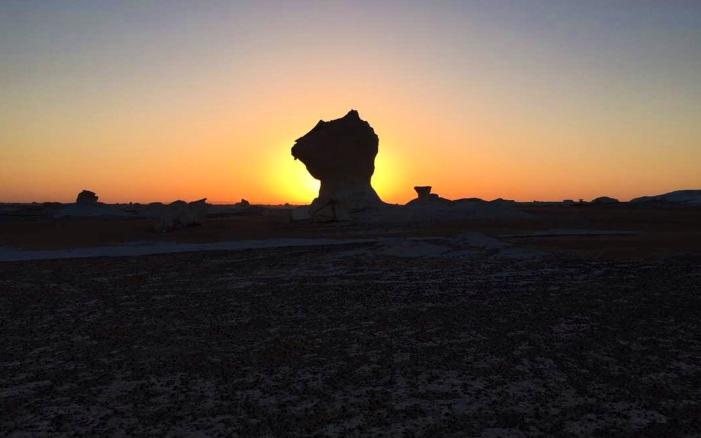 Nascer do Sol - Deserto Branco.jpg
