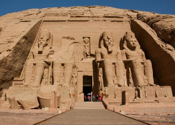 Abu Simbel Temple.jpg